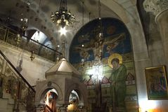 Interior da igreja o sepulcro santamente, Jerusalém, Israel imagens de stock royalty free