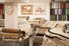 Interior da loja do tapete Foto de Stock
