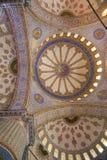 Interior da mesquita/Istambul azuis, Turquia imagens de stock