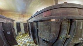 Interior da prisão de Tuol Sleng imagem de stock