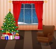 Interior da sala de visitas do Natal com árvore, presentes e sofá do xmas Imagens de Stock