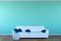 Interior da sala de visitas - sofá do couro branco e painel de parede verde com espaço Fotos de Stock Royalty Free