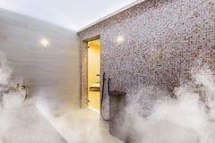 Interior da sauna turca, hammam turco clássico imagem de stock