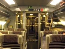 Interior da viagem de trem Paris de Eurostar Londres Europa fotografia de stock