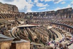 Interior de Colosseum ou de Flavian Amphitheatre em Roma Italy fotos de stock royalty free