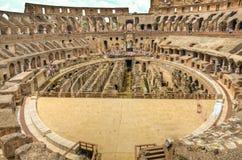 Interior de Colosseum, Roma imagens de stock