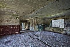 Interior de construção abandonado velho, processamento do hdr Fotografia de Stock Royalty Free