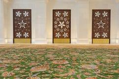 Interior de jeque Zayed Mosque Imagen de archivo libre de regalías