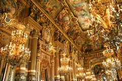 Interior de la ópera Garnier en París Fotografía de archivo libre de regalías