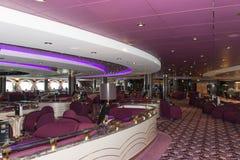 Interior de la barra del barco de cruceros Fotos de archivo libres de regalías