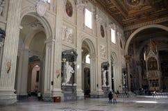 Interior de la basílica de San Juan el Lateran Imagen de archivo libre de regalías