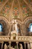 Interior de la basílica Notre Dame de Fourviere Imágenes de archivo libres de regalías