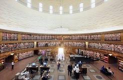 Interior de la biblioteca de la ciudad de Estocolmo fotografía de archivo libre de regalías