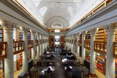 Interior de la biblioteca nacional de Finlandia imagen de archivo libre de regalías