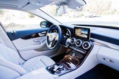 Interior 2015 de la C-clase 2014 de Mercedes-Benz Imagenes de archivo
