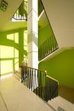 Interior de la casa con las escaleras modernas Fotos de archivo libres de regalías
