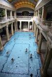 Interior de la casa de baños en Budapest Imagenes de archivo