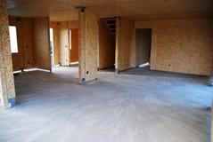 Interior de la casa de marco de madera Imagenes de archivo
