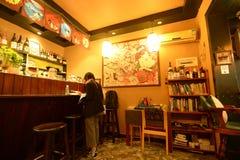 Interior de la casa de té fotografía de archivo