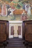 Interior de la catedral de Spoleto Imagen de archivo