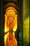 Interior de la cisterna de la basílica Fotos de archivo