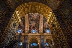 Interior de la Co-catedral del ` s de St John, La Valeta, Malta fotos de archivo
