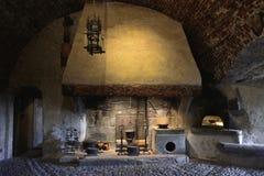Interior de la cocina del castillo de Gruyeres Fotografía de archivo libre de regalías