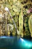 Interior de la cueva fotos de archivo