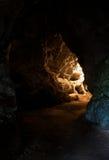 Interior de la cueva de Undergroung fotos de archivo
