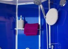 Interior de la ducha Fotos de archivo libres de regalías