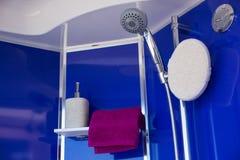 Interior de la ducha Fotos de archivo