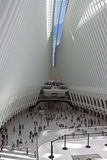 Interior de la estación de la TRAYECTORIA del World Trade Center Imagen de archivo