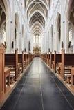 Interior de la iglesia católica, Tilburg, Países Bajos Imagen de archivo libre de regalías