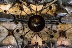 Interior de la iglesia de Barcelona de la parte inferior Imágenes de archivo libres de regalías