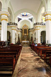 Interior de la iglesia en Puerto Vallarta, México Imágenes de archivo libres de regalías