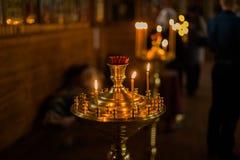 Interior de la iglesia ortodoxa bielorrusa en Pascua en Gomel, Bielorrusia Pascua es el día de fiesta religioso más popular de Bi Fotografía de archivo libre de regalías