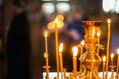 Interior de la iglesia ortodoxa bielorrusa en Pascua en Gomel, Bielorrusia Pascua es el día de fiesta religioso más popular de Bi Fotos de archivo libres de regalías