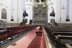 Interior de la iglesia vieja en España Imagen de archivo libre de regalías