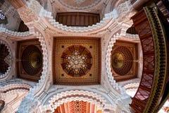 Interior de la mezquita de Hassan II - techo Fotografía de archivo