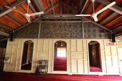 Interior de la mezquita de Langgar en Kota Bharu, Kelantan, Malasia Foto de archivo libre de regalías