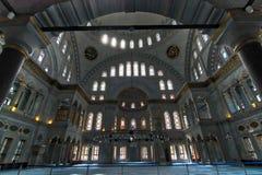Interior de la mezquita de Nuruosmaniye, Estambul, Turquía Imágenes de archivo libres de regalías