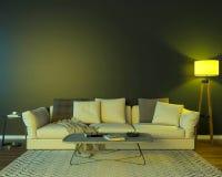 Interior de la noche con las luces coloreadas amarillas imagen de archivo