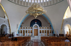 Interior de la nueva catedral ortodoxa de la resurrección de Cristo en Tirana Imagen de archivo