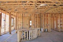 Interior de la nueva construcción casera Foto de archivo libre de regalías