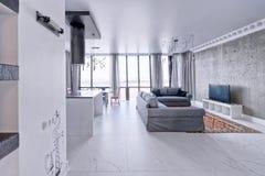 Interior de la sala de estar en casa moderna Fotos de archivo