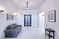 Interior de la sala de estar en casa moderna Fotografía de archivo