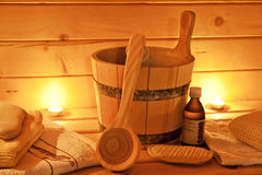 Interior de la sauna y de los accesorios de la sauna foto de archivo