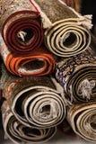Interior de la tienda de la alfombra Imágenes de archivo libres de regalías