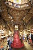 Interior de Lello Bookshop em Porto, Portugal Imagem de Stock Royalty Free