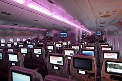 Interior de los aviones de Airbus A380 de los emiratos Fotografía de archivo